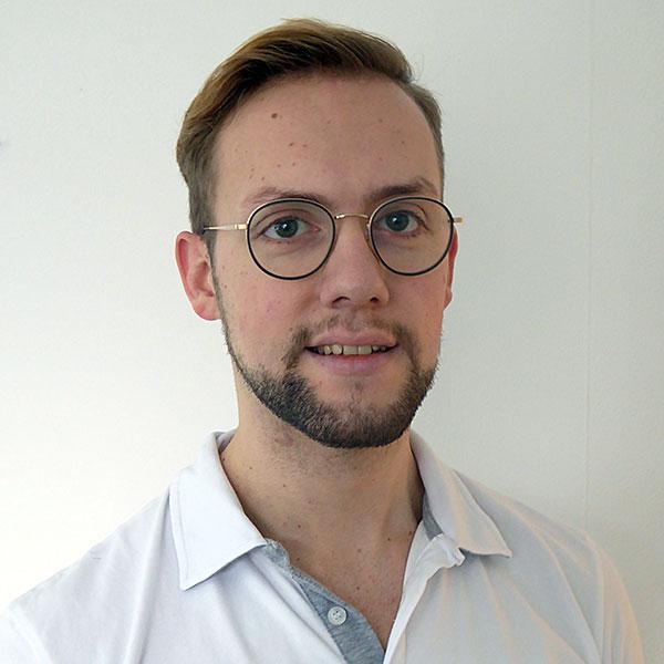Dr. Felix Theinkom